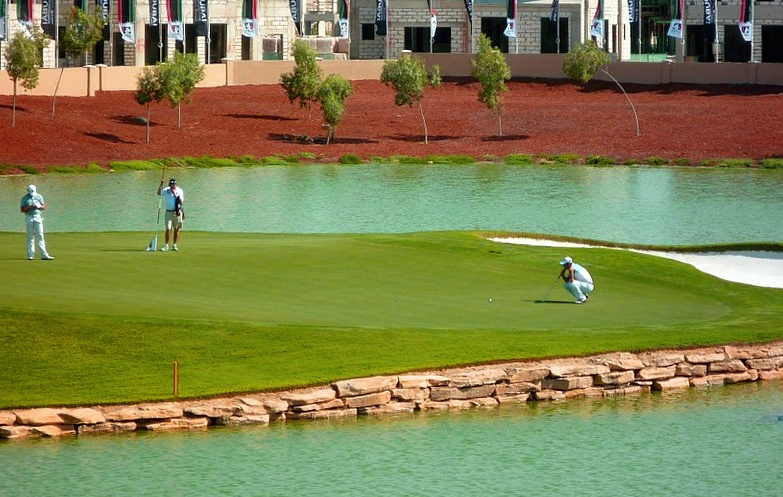 This image has an empty alt attribute; its file name is Dubai_golf2021.jpg