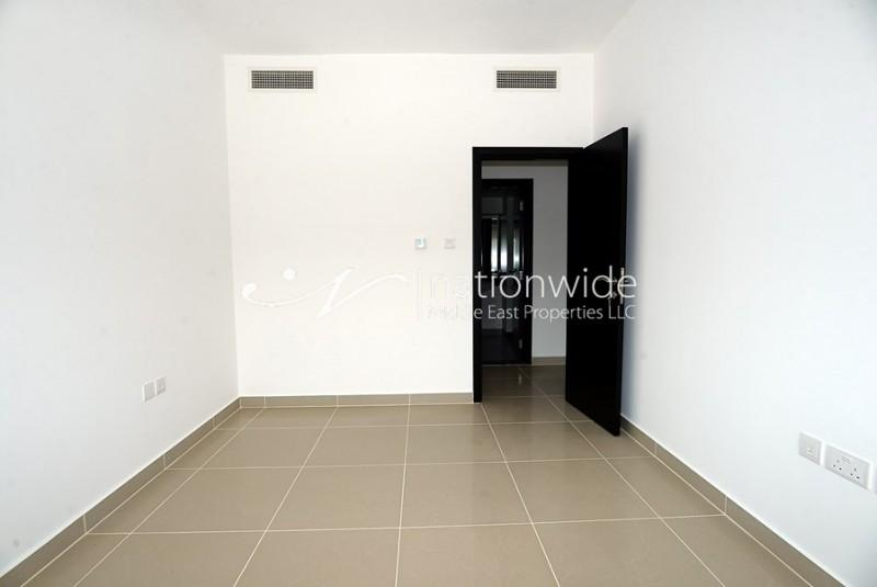 Live In This Minimalist Type A Unit 3 Chqs